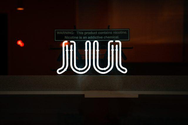 Juul 將暫停銷售調味電子煙產品