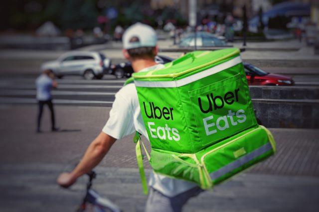 Uber收購新創雜貨配送公司 - Cornershop